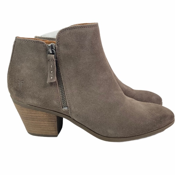 Frye Taupe Judith Zip Suede Ankle Bootie Size 9